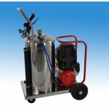 Kocsira szerelt, folyamatos üzemű, 44 literes habosító tartály, mobil tisztító- és mosóberendezés, kompresszorral