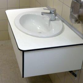 Műgyanta mosdópult, 1000x600 mm, 1db porcelán medencével, alap színben, barna lapmaggal, belátásgátlóval, vízvetővel