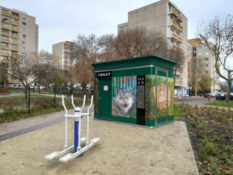 Játszótéri nyilvános WC-k dekorációja (ajánlás)